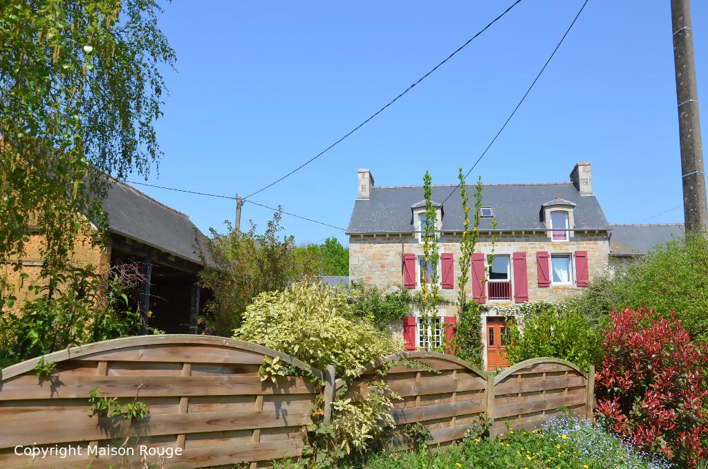 A vendre maison saint juvat 163 m 230 560 agence for Agence maison rouge
