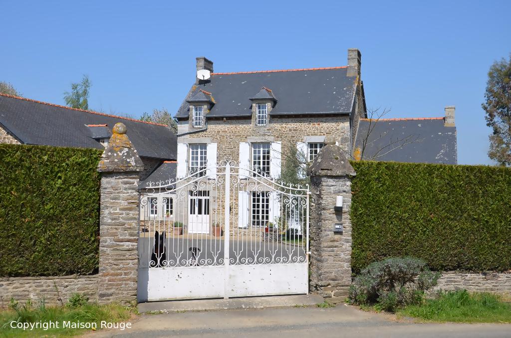 A vendre maison dinan 335 m 399 288 agence de la for Acheter une maison en bretagne
