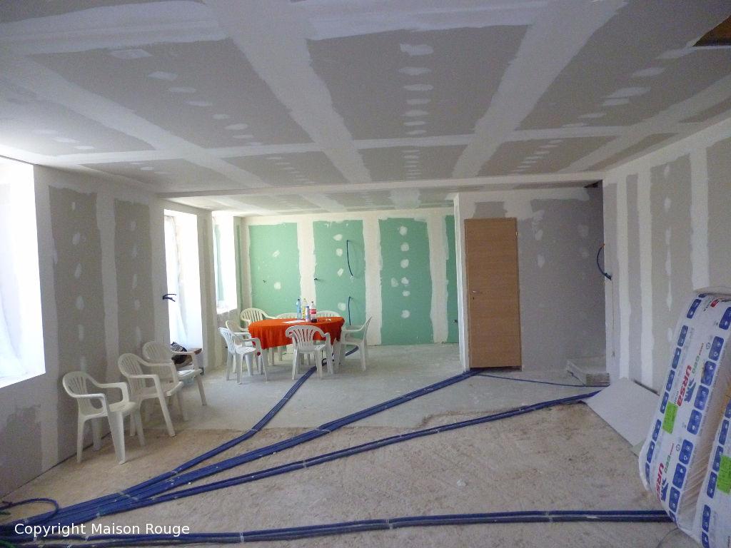 A vendre maison combourg 80 m 95 760 agence for Agence maison rouge