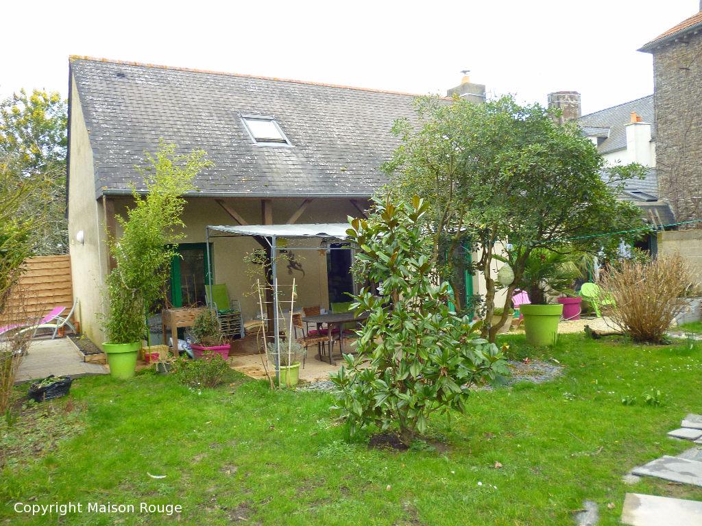 Agence immobiliere maison rouge saint malo maison moderne for Agence maison rouge