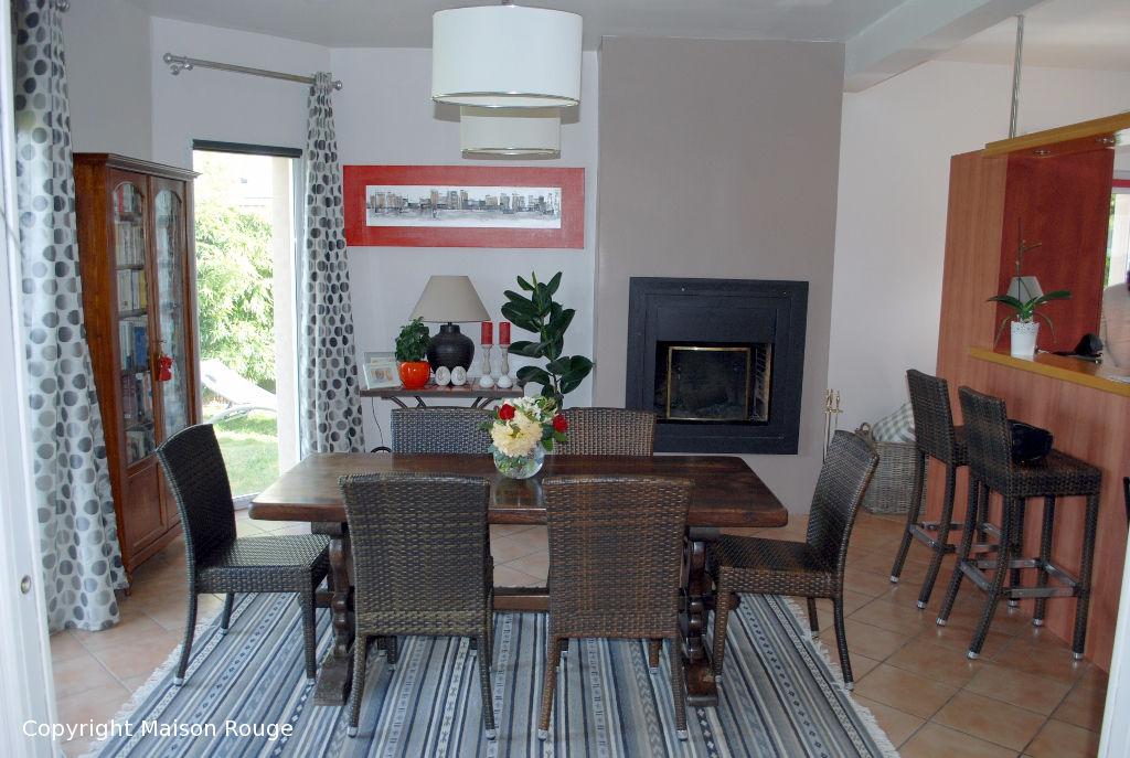 A vendre maison dinard 160 m 550 200 agence de for Agence de la maison rouge