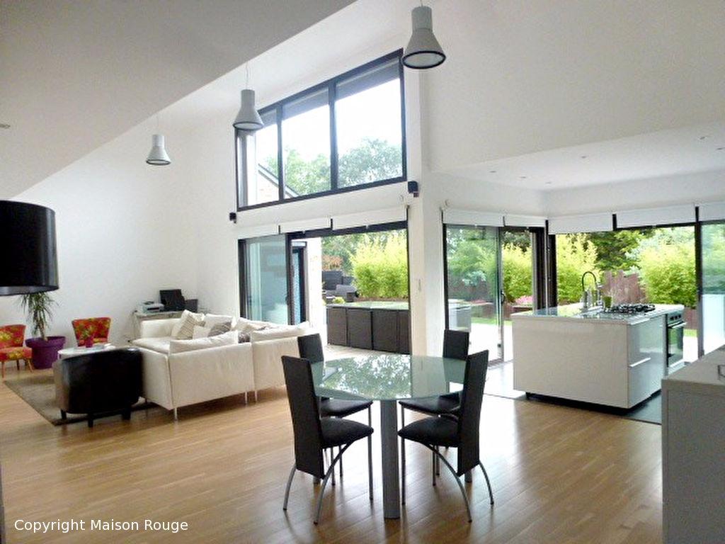 maison architecte saint malo. Black Bedroom Furniture Sets. Home Design Ideas
