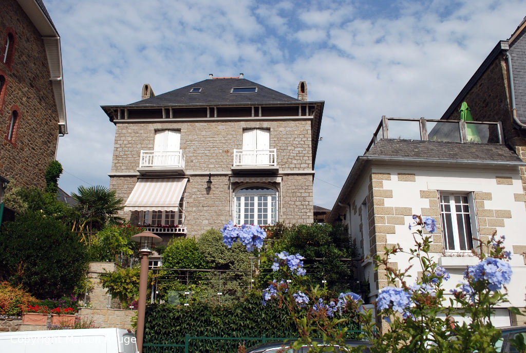 A vendre maison dinard 180 m 765 040 agence for Agence maison rouge dinard