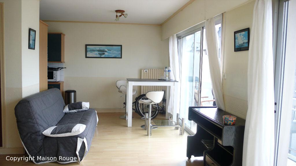 a vendre appartement saint malo 31 m 131 480 agence de la maison. Black Bedroom Furniture Sets. Home Design Ideas