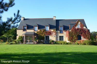 Maison rouge dinan immobilier ventana blog for Agence de la maison rouge