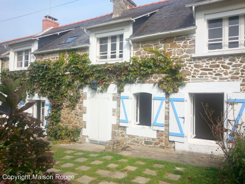 Maison rouge st lunaire ventana blog for Agence de la maison rouge