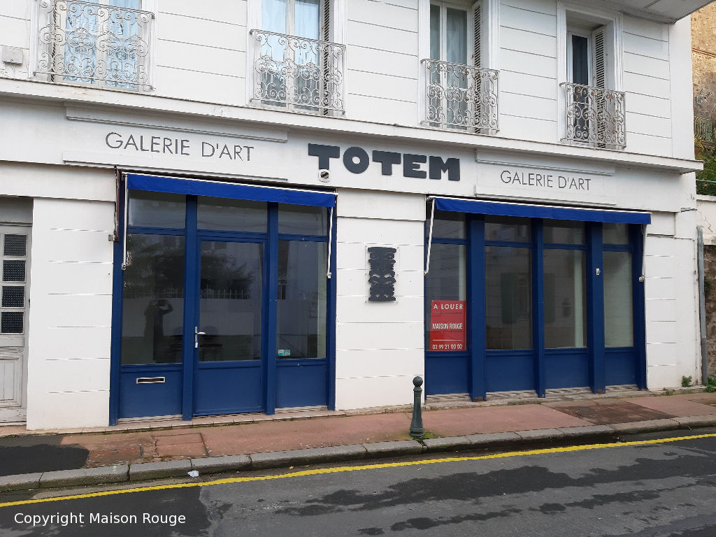 A LOUER LOCAL COMMERCIAL DINARD